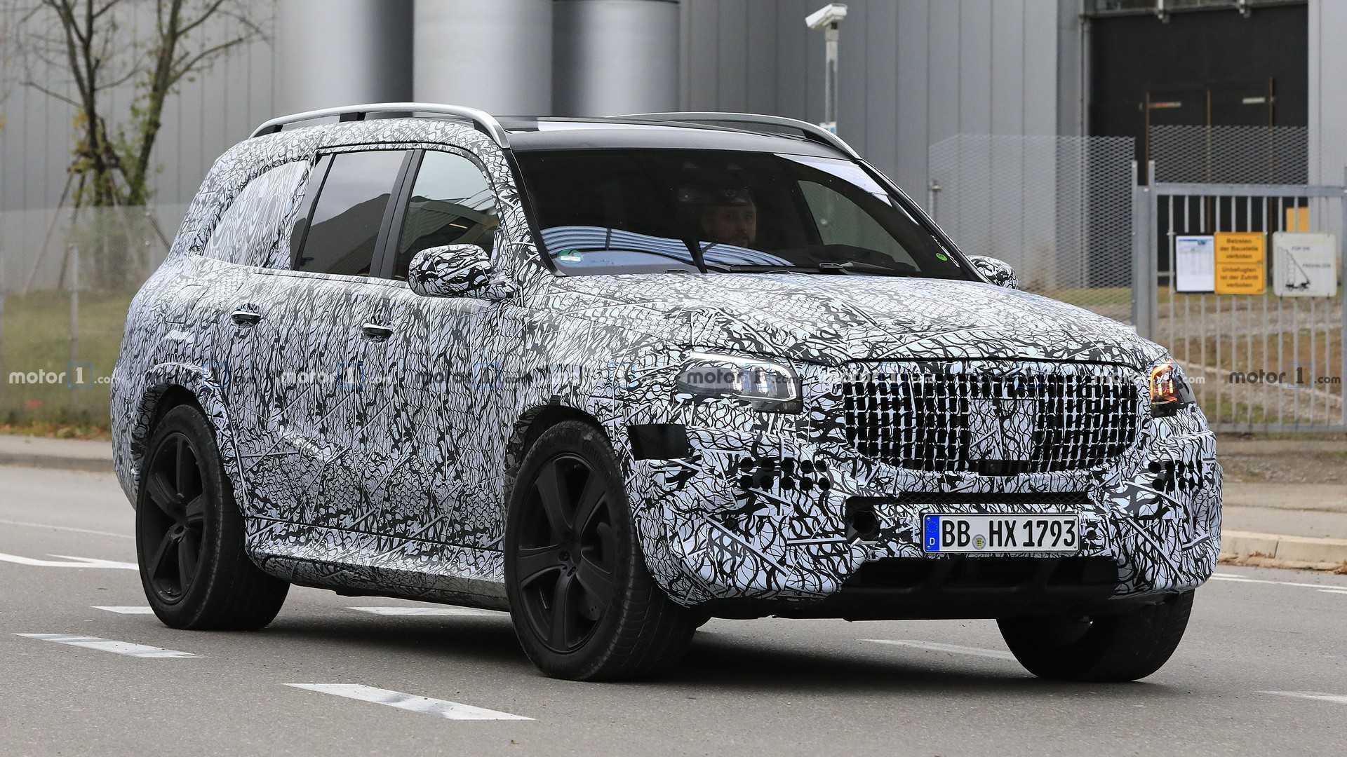 2020 Mercedes-Maybach Spy Photo